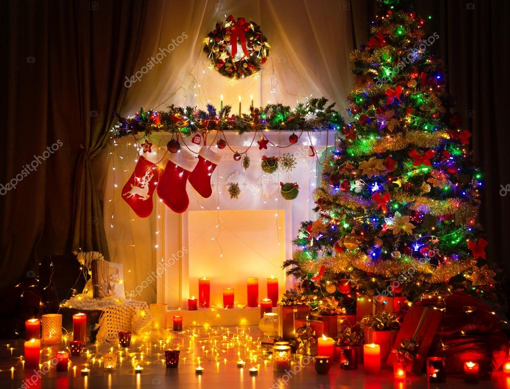 Kerstboom nacht kamer interieur home decoration open haard