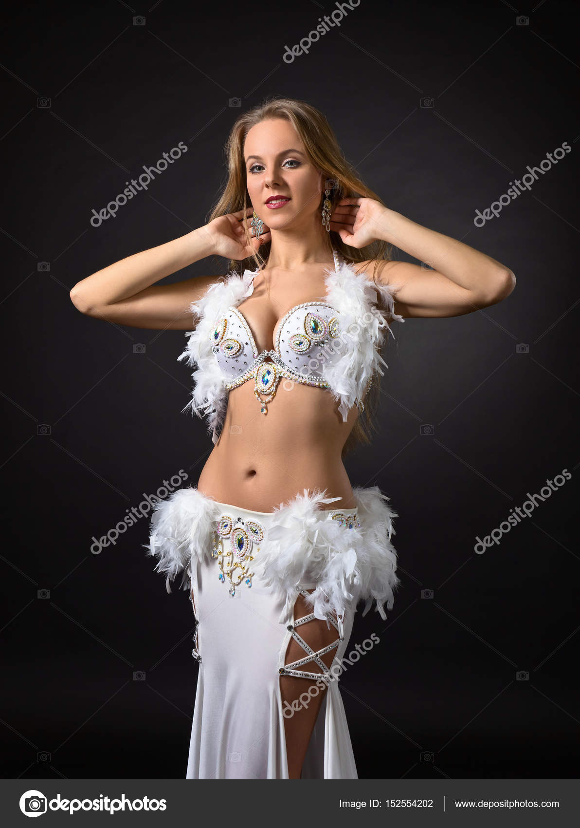 pictures-of-blonde-belly-dancer