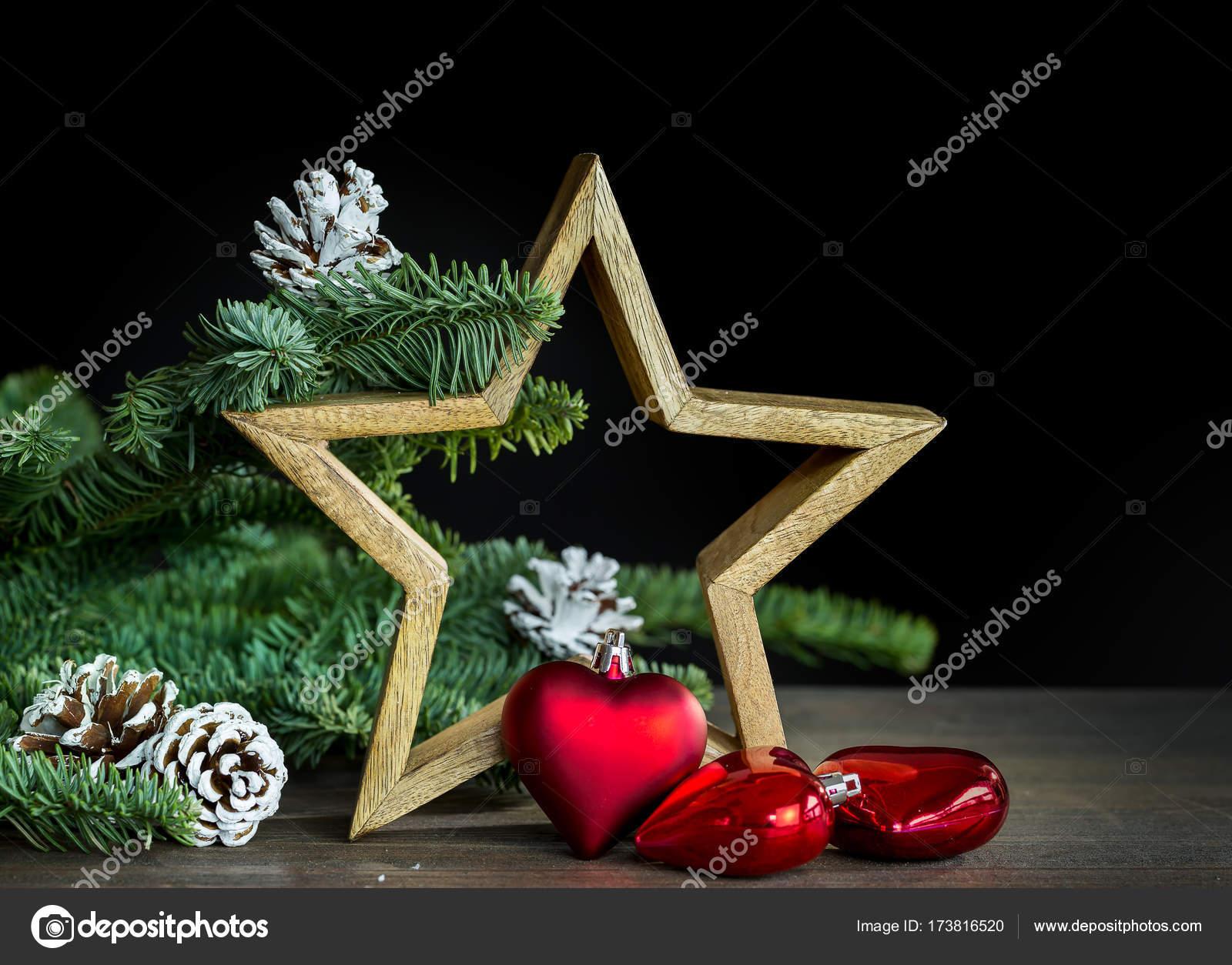 Stella Di Natale Legno.Decorazione Di Natale Con La Stella Di Legno E Sfera Di Natale Del