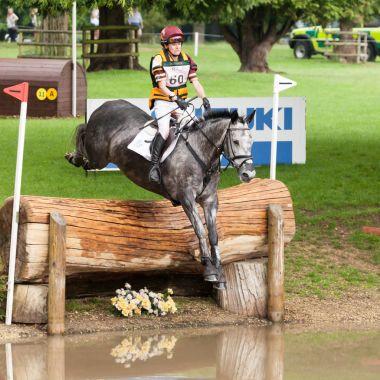 Houghton international horse trials Annie Bellamy riding Grafik