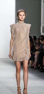 Marissa Webb runway show