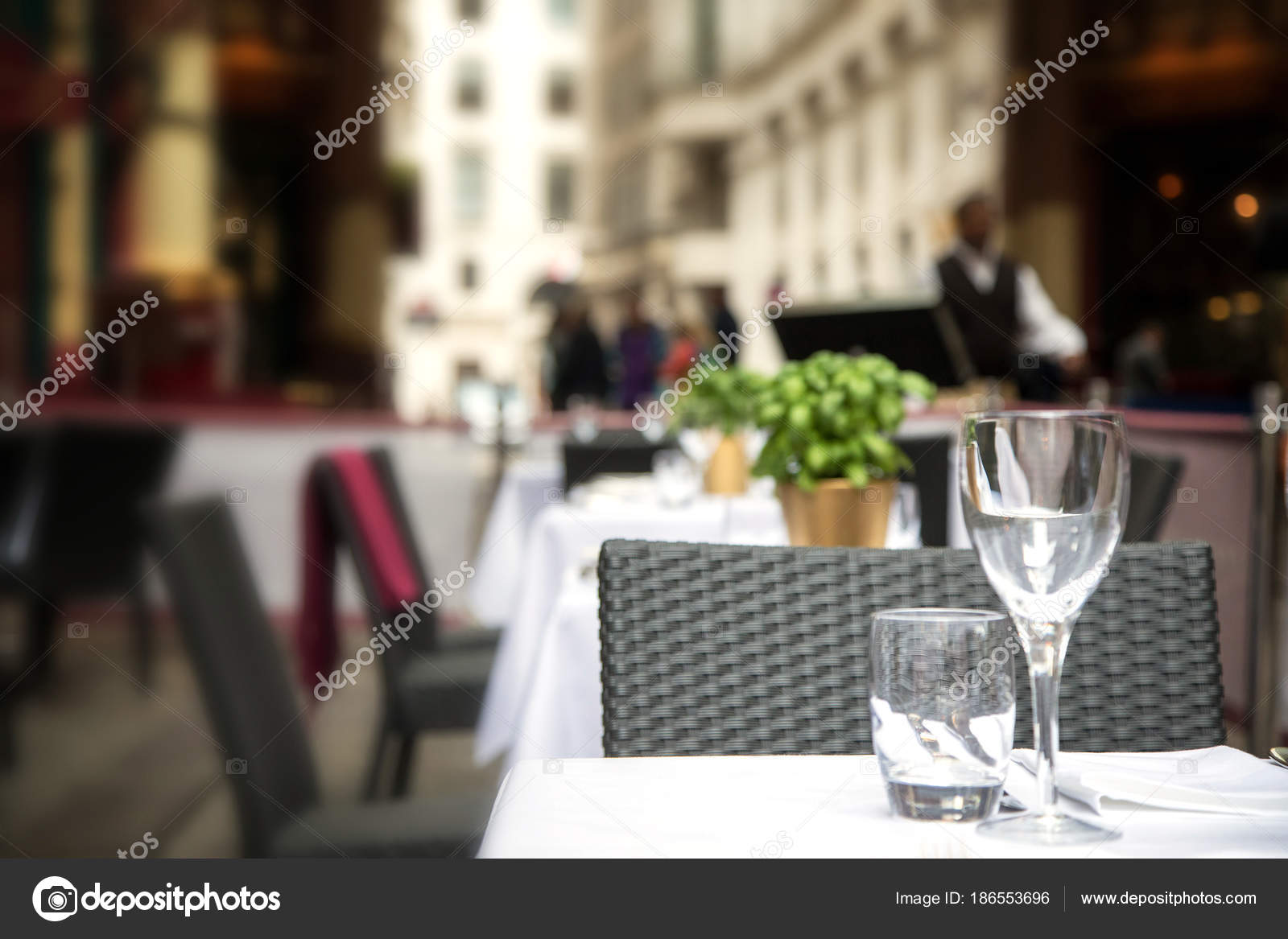 Table Setting Wine Glass Water Glass Napkin Table Cafe Terrace - Wine glass table setting