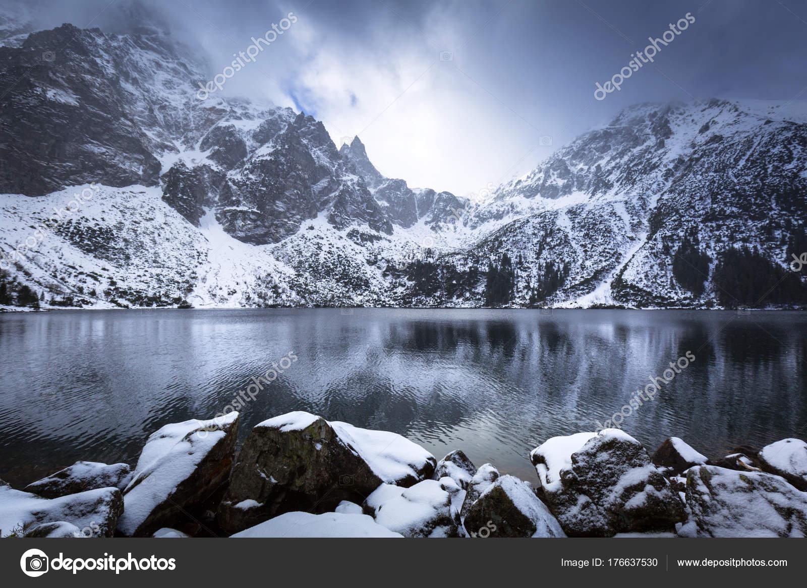 Beautiful Winter Eye Sea Lake Tatra Mountains Poland — Stock Photo