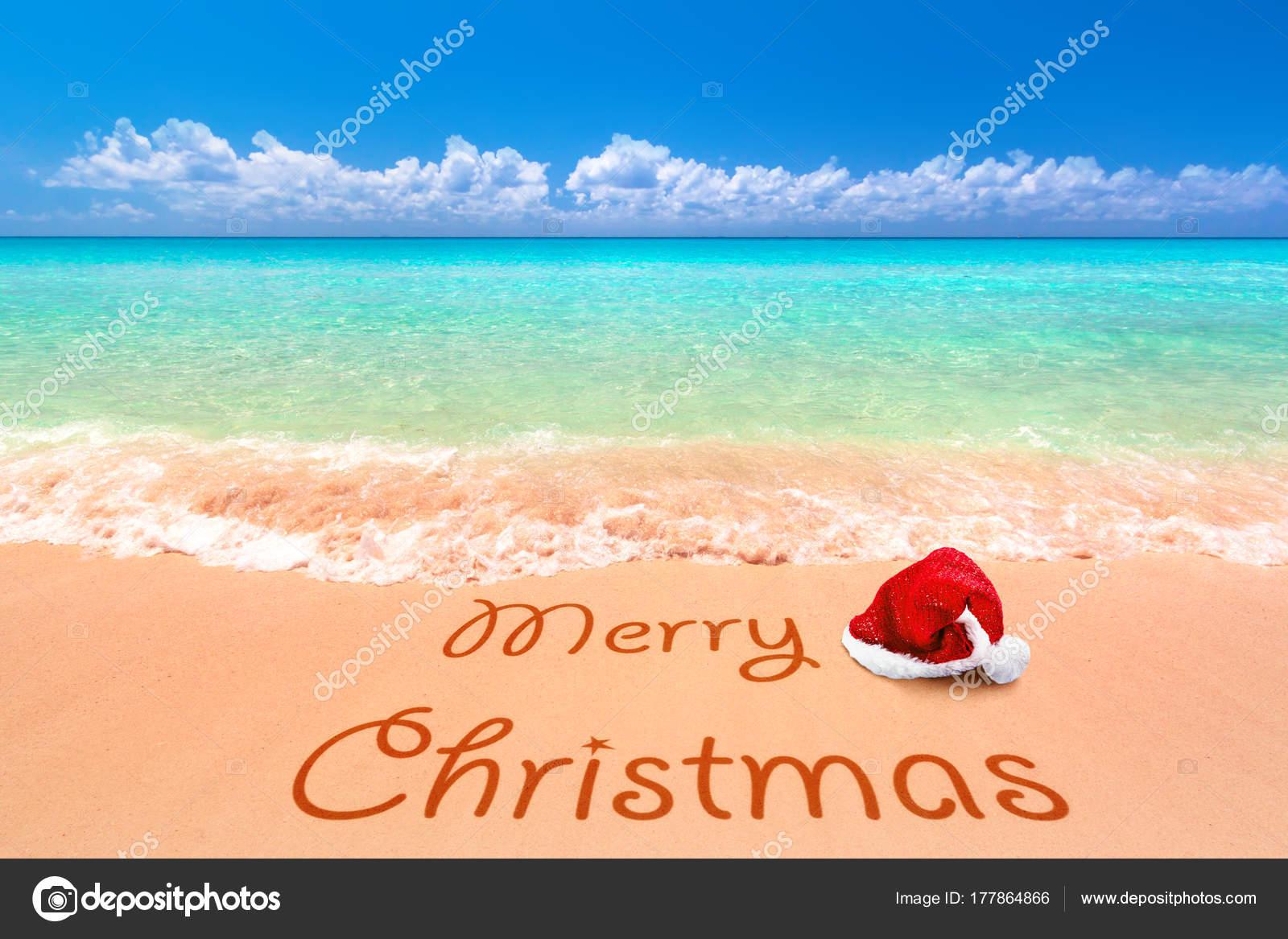 d4798c35d1e5e Merry Christmas Santa Hat Tropical Beach — Stock Photo ...