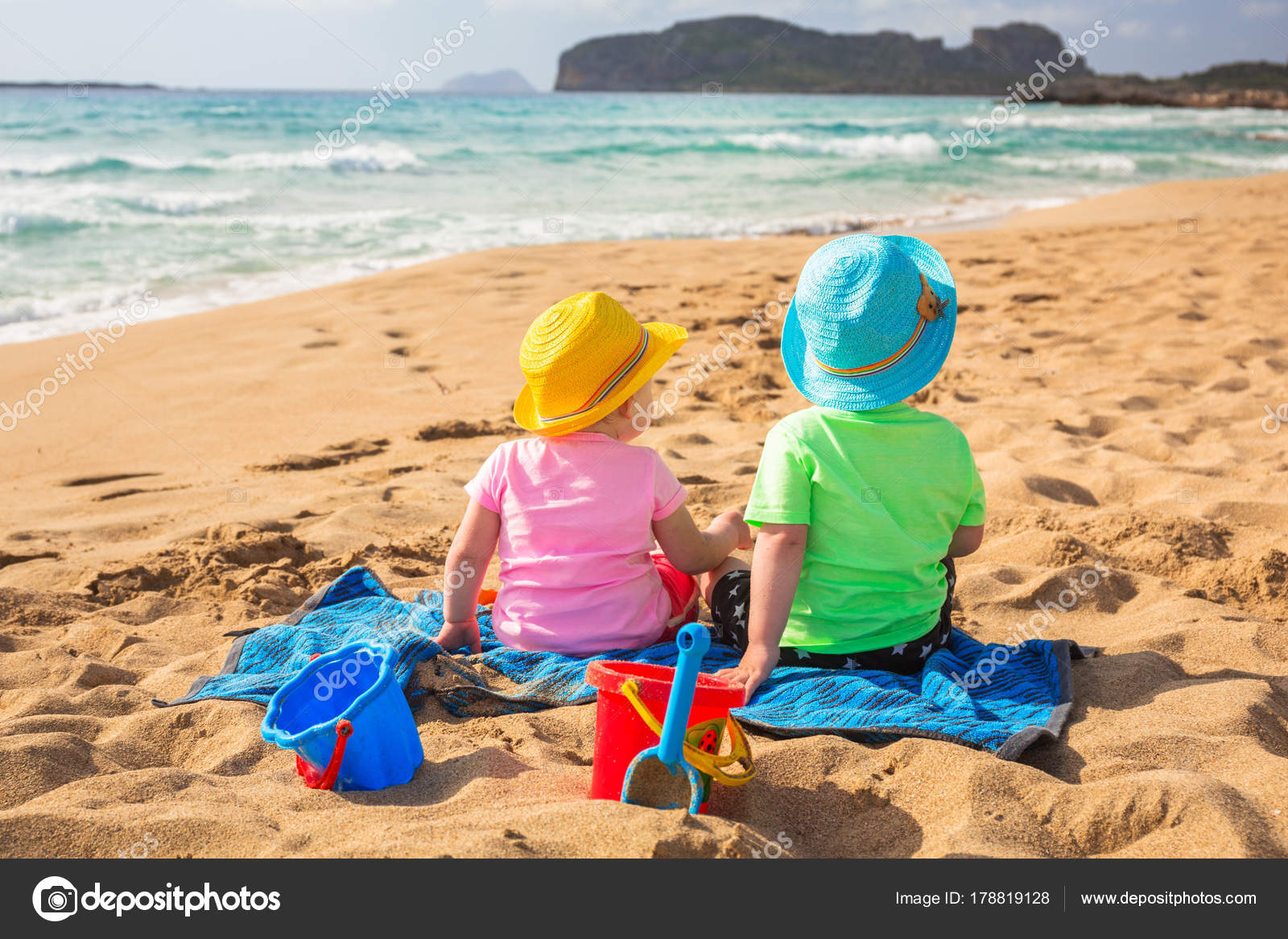 Holidays with children in Greece: fun and interesting