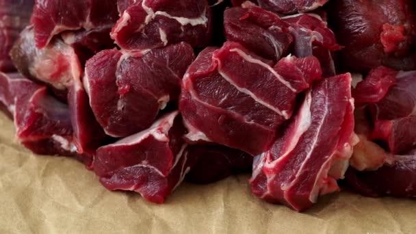 Sekané hovězí maso na guláš