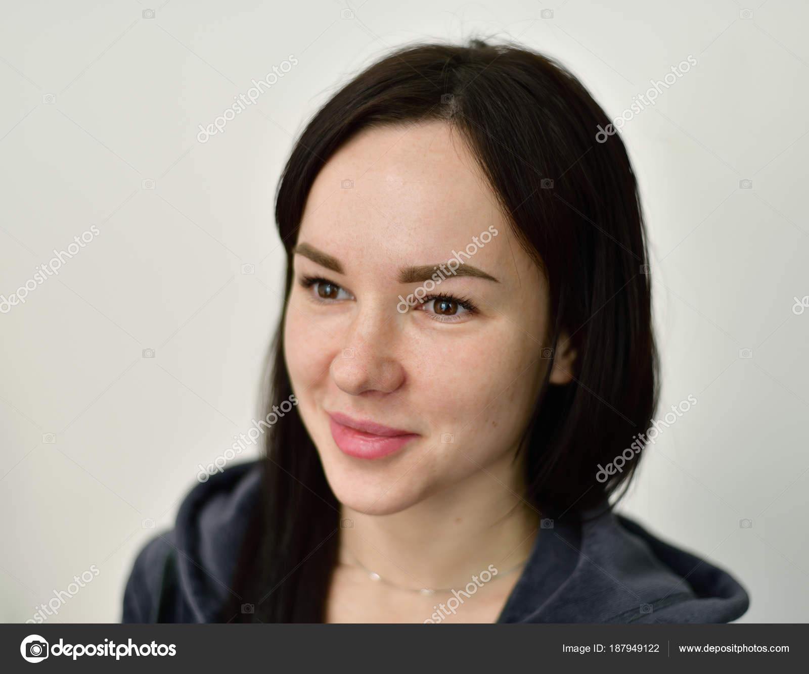 Glmseyen Kz 20 Yanda Portresi Olenka 2008