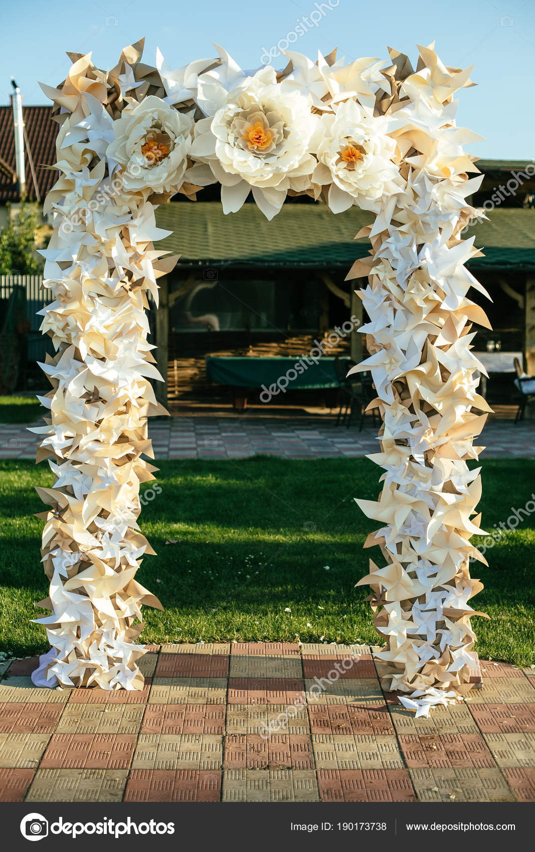 Paper flowers in wedding decor luxury wedding decorations for paper flowers in wedding decor luxury wedding decorations for ceremony wedding arch with flowers junglespirit Image collections