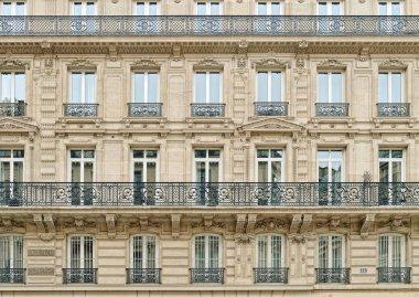 Windows of Paris.