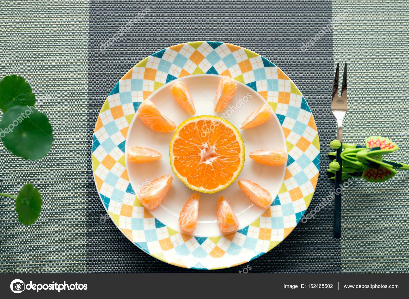 Fotos Fruteros Para Colorear Las Naranjas En El Frutero Foto De