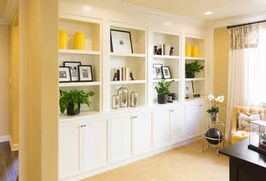 Beautiful Custom Shelves and Cabinet Built-in Interior
