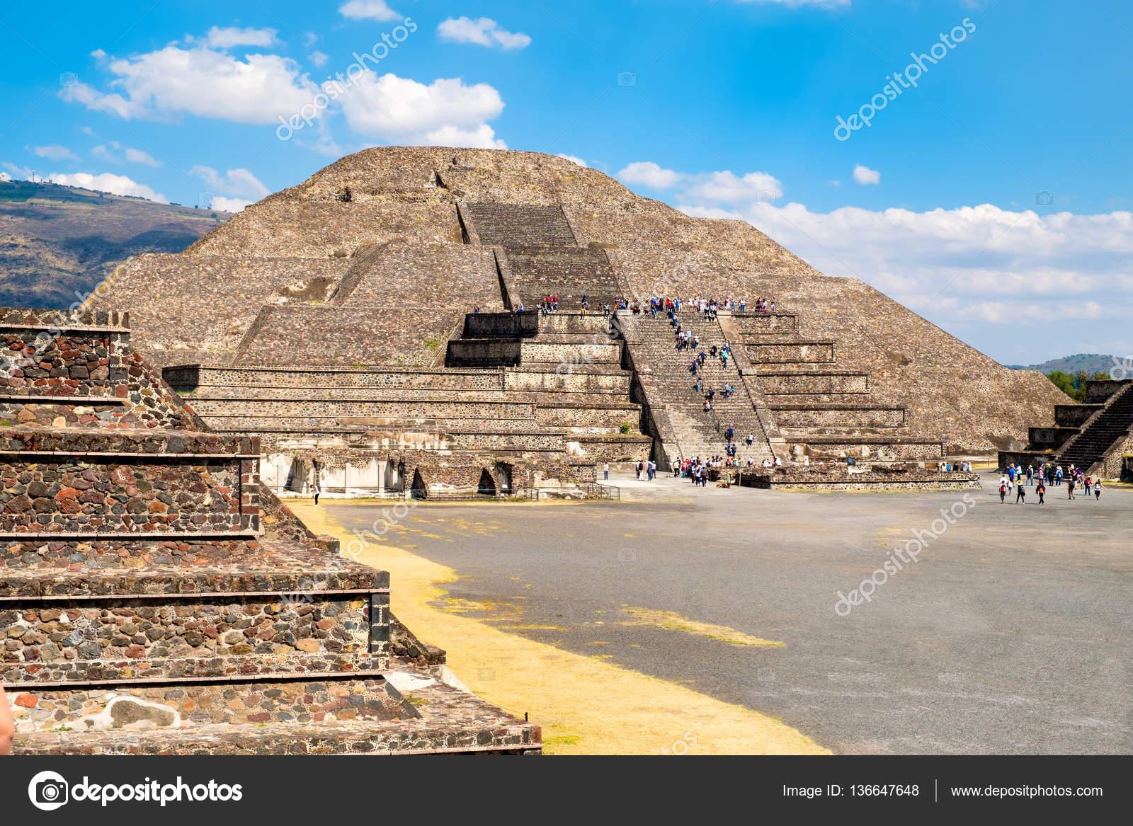 Imágenes Las Piramides Aztecas La Pirámide De La Luna Y Otras