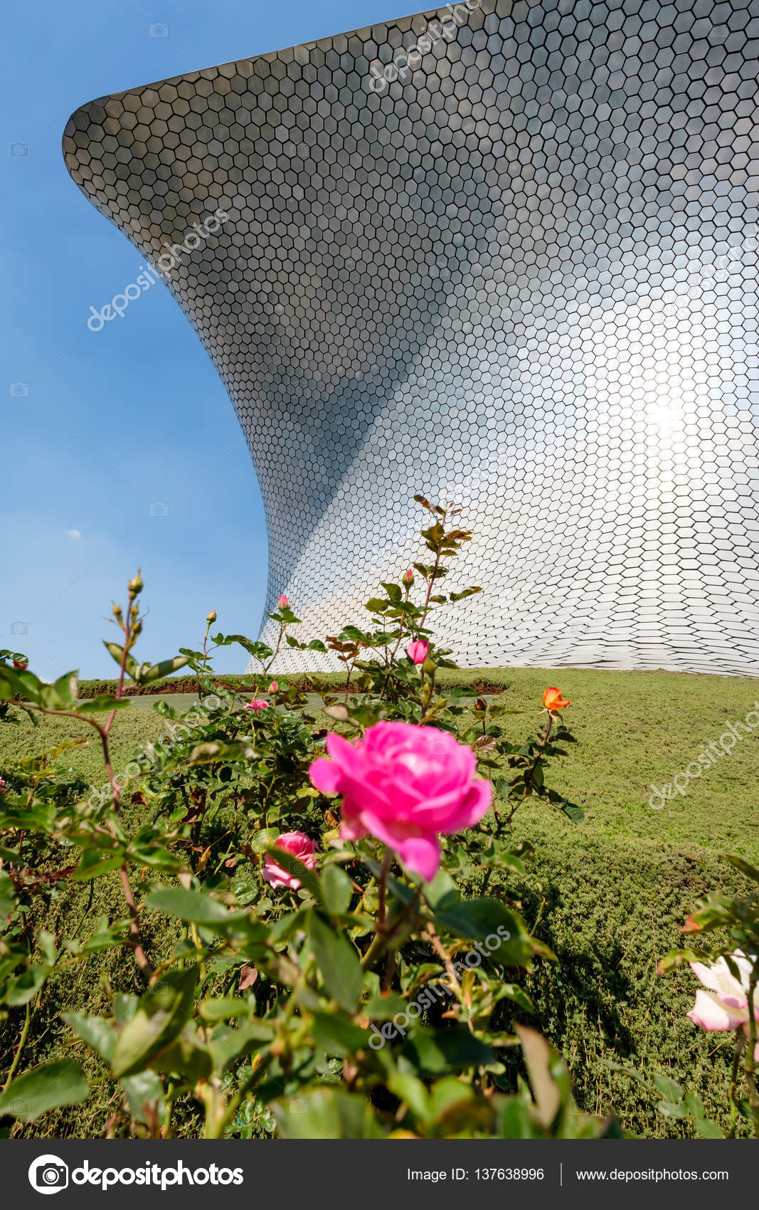 The Modern Soumaya Art Museum In Mexico City U2014 Stock Photo