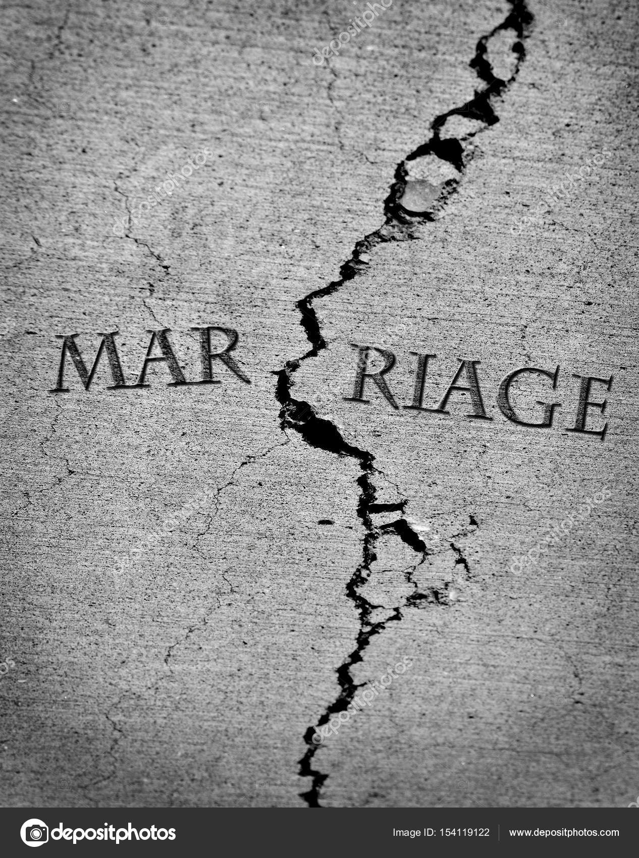 Broken Marriage Divorce Relationship Trust Cracked Crack — Stock