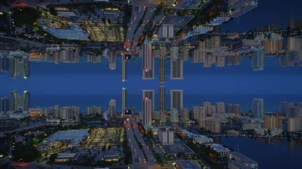 the latest 84ed3 0237d Ville d'effet miroir aériennes au-dessus et en dessous