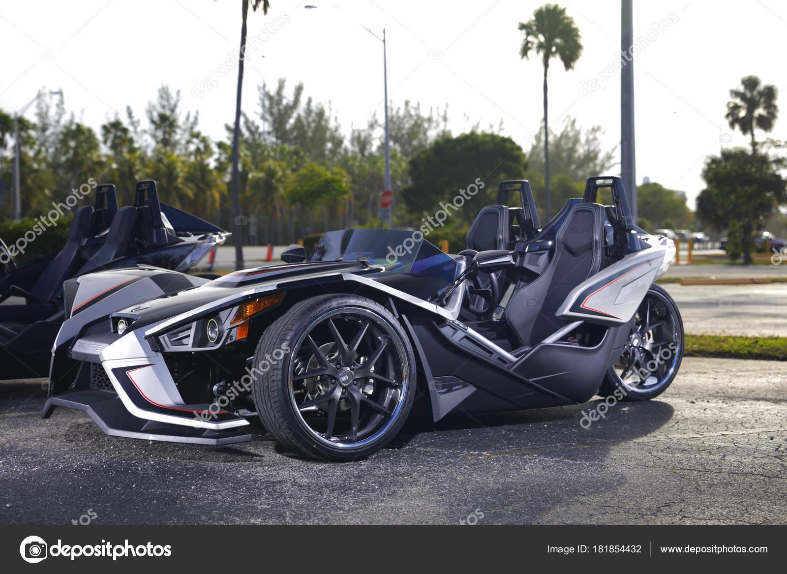 Miami January 2018 Photo Cars Automotive Show Miami Florida Usa ...