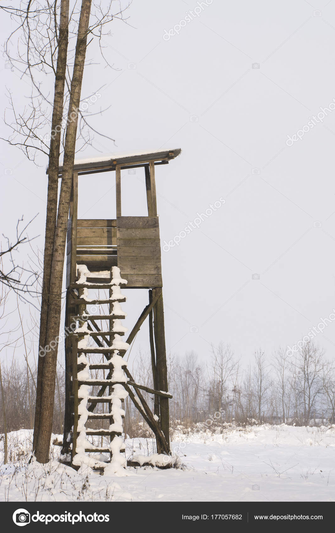 Čeke i osmatračnice Depositphotos_177057682-stock-photo-hunting-tower-woods