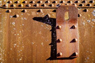 boiler wall with lifting lug