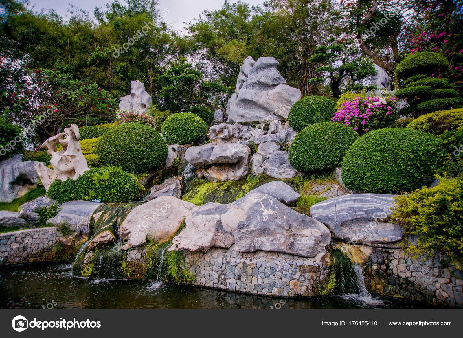 Schone Asiatische Landschaft Traditionelle Architektur Und
