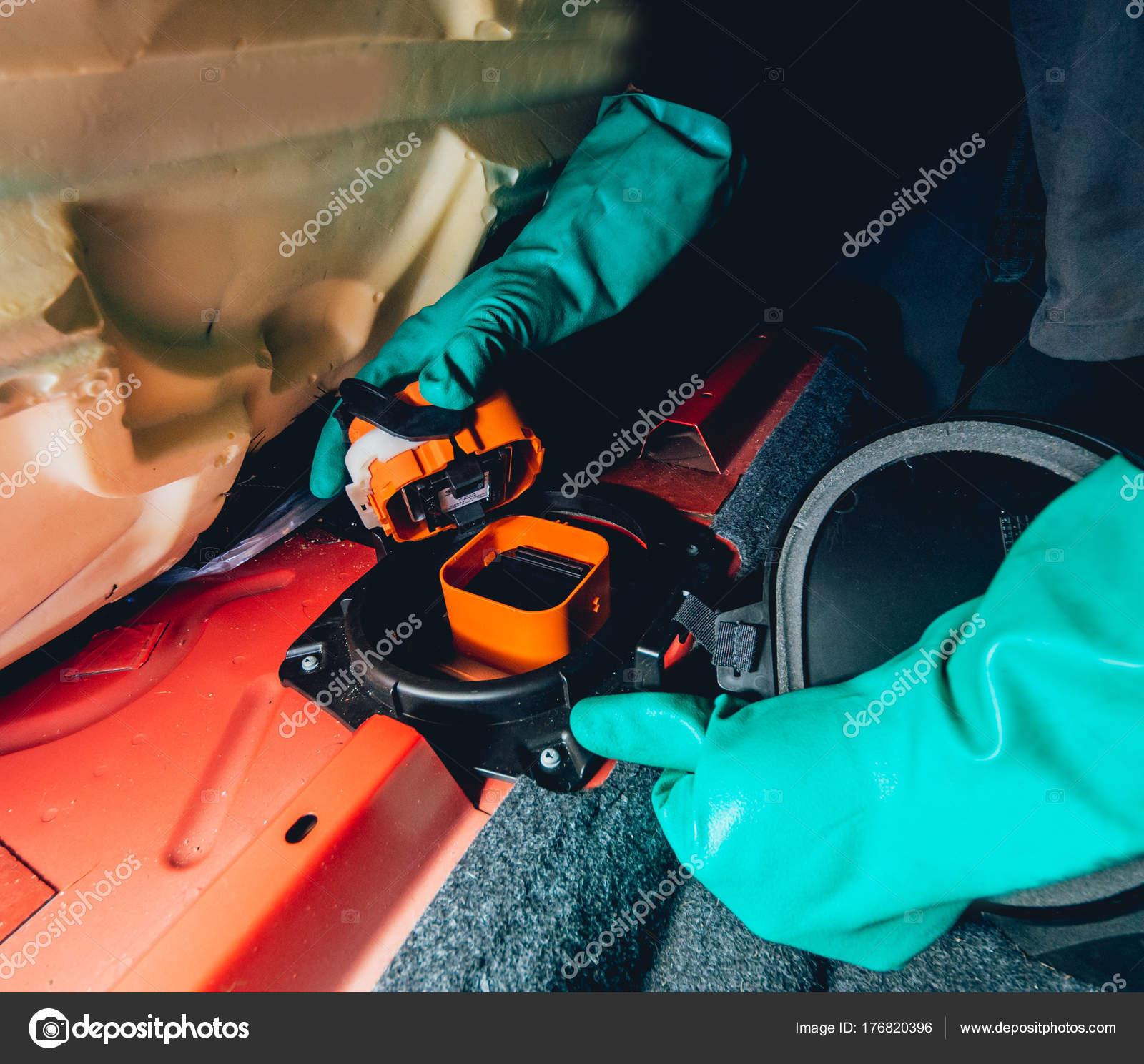 Replacing Fuses Fuse Box Car Car Repair Service Station — Stock Photo