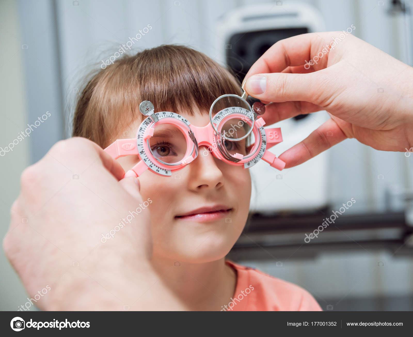 6fd56f67ed Trial Frame Glasses Prescription Child Child Hypermetropy Child  Shortsightedness Child — Stock Photo