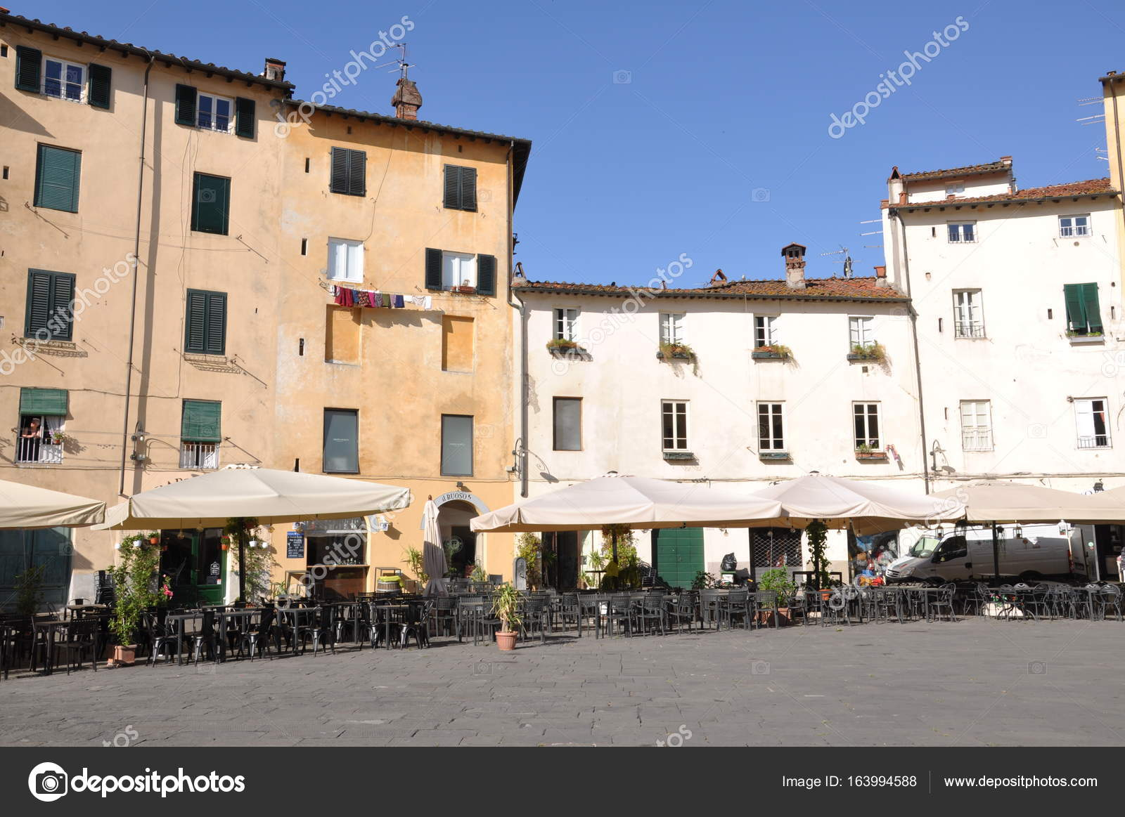 lucca chatrooms Search for lucca in azzurro maison de charme choose room type, read guest reviews, compare hotel price, and book the best hotel room with tripcom  service chat .