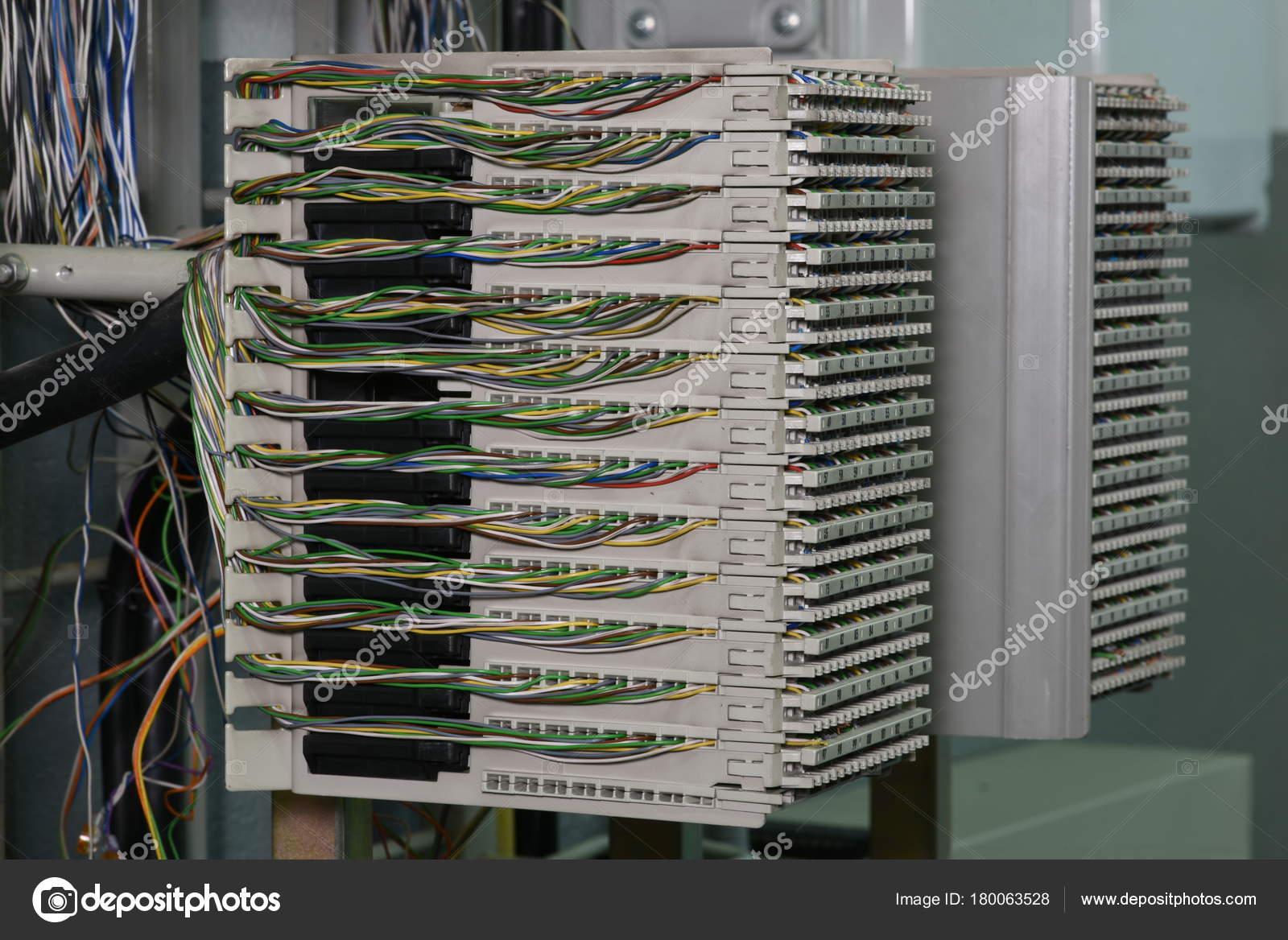 Hauptverteiler Telecom Center — Stockfoto © Zetor2010 #180063528
