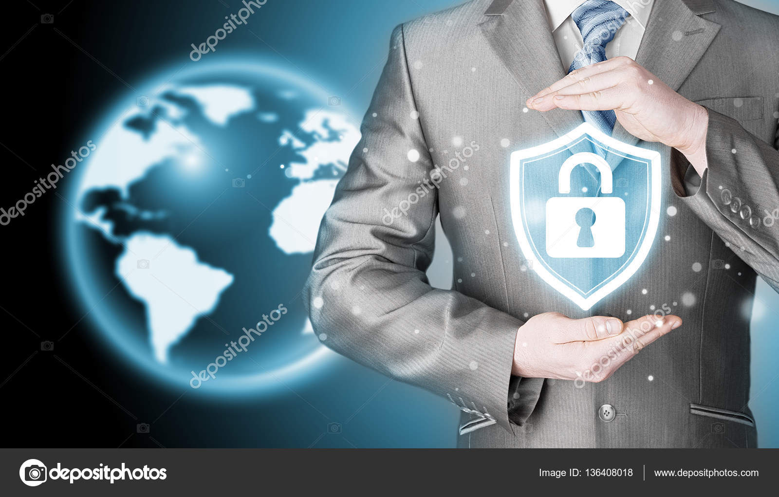 7e59c5f7a2cfe Seguro e proteção de dados — Stock Photo © merznatalia  136408018