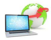 Laptop és a földi globe