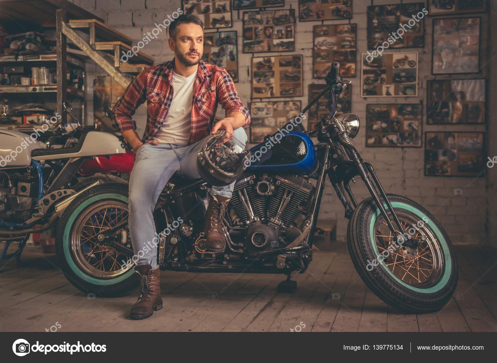 Motorbike repair shop — Stock Photo © GeorgeRudy #139775134