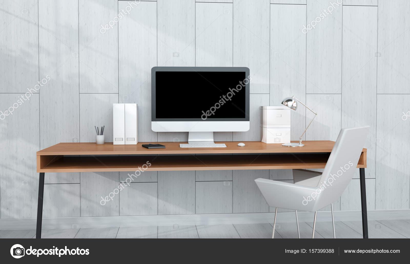 Intérieur du milieu de travail moderne avec l ordinateur et ses