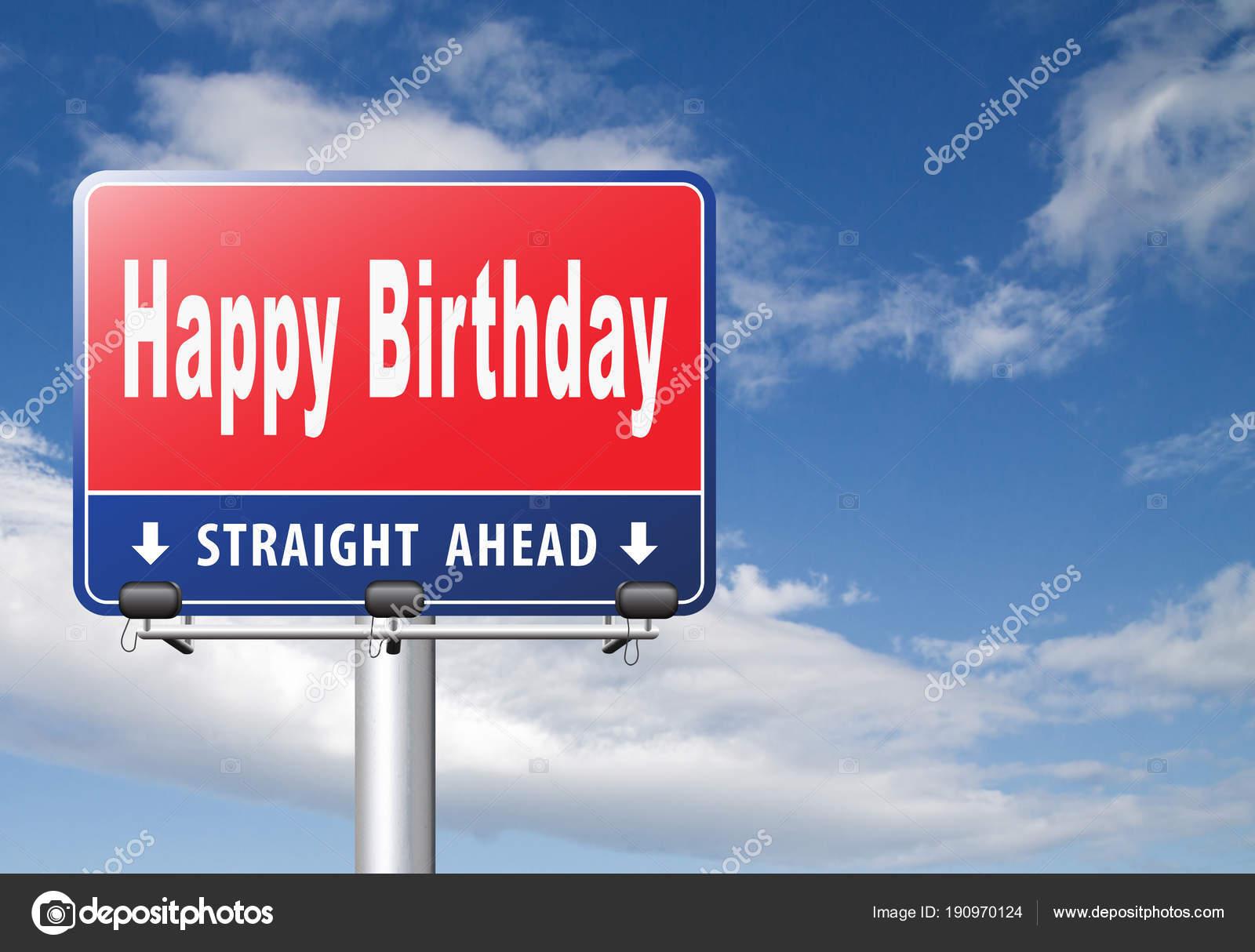 road boldog szülinapot Boldog Születésnapot Közúti Jel Felhős Háttere — Stock Fotó  road boldog szülinapot