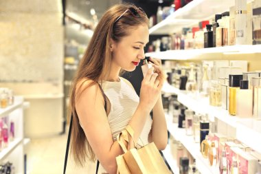 woman in the perfume shop