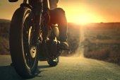 Fotografie motocykl na silnici