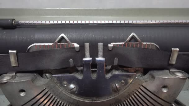 Inserting blank paper to the typewriter
