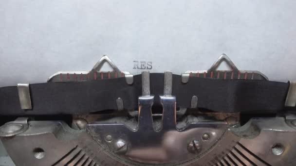 Typing text at the typewrite