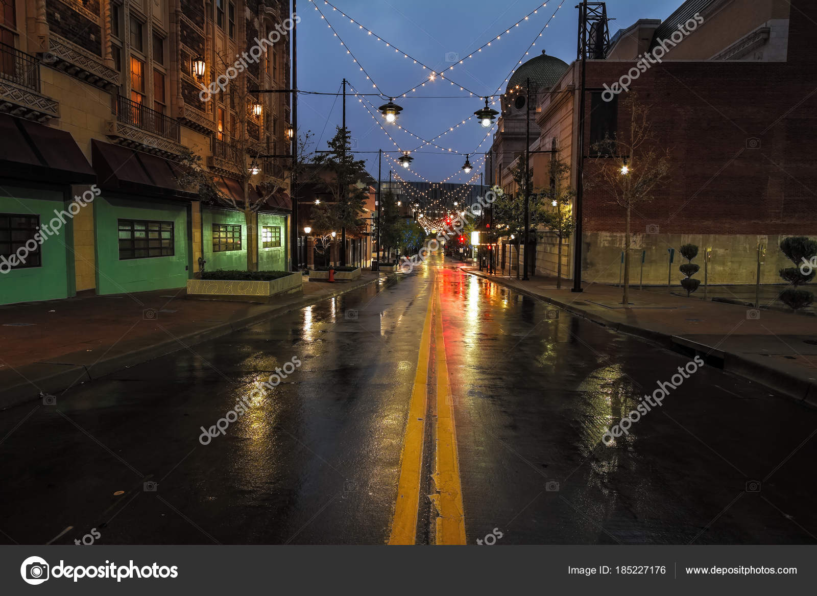 A Rainy Morning In Kansas City On The Streets Of The Kansas City Power U0026 Light  District Which Is Popular Among Tourist And Shoppers. U2014 Photo By TommyBrison