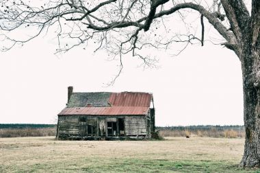 Abandoned Farmhouse in the Country