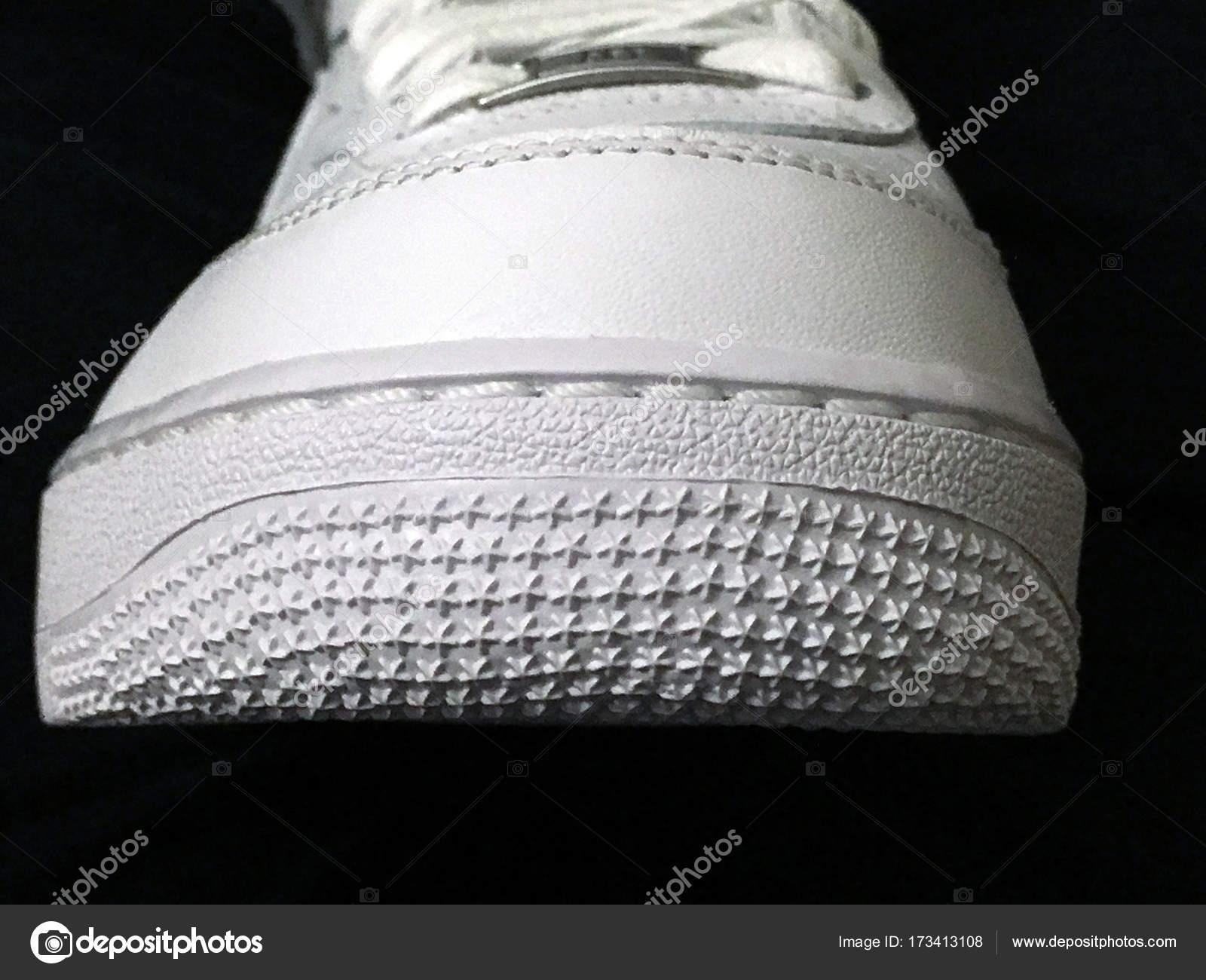 765dd640 Pavia Italy Novembre 2016 Deail White Nike Air Force One — Stock Photo