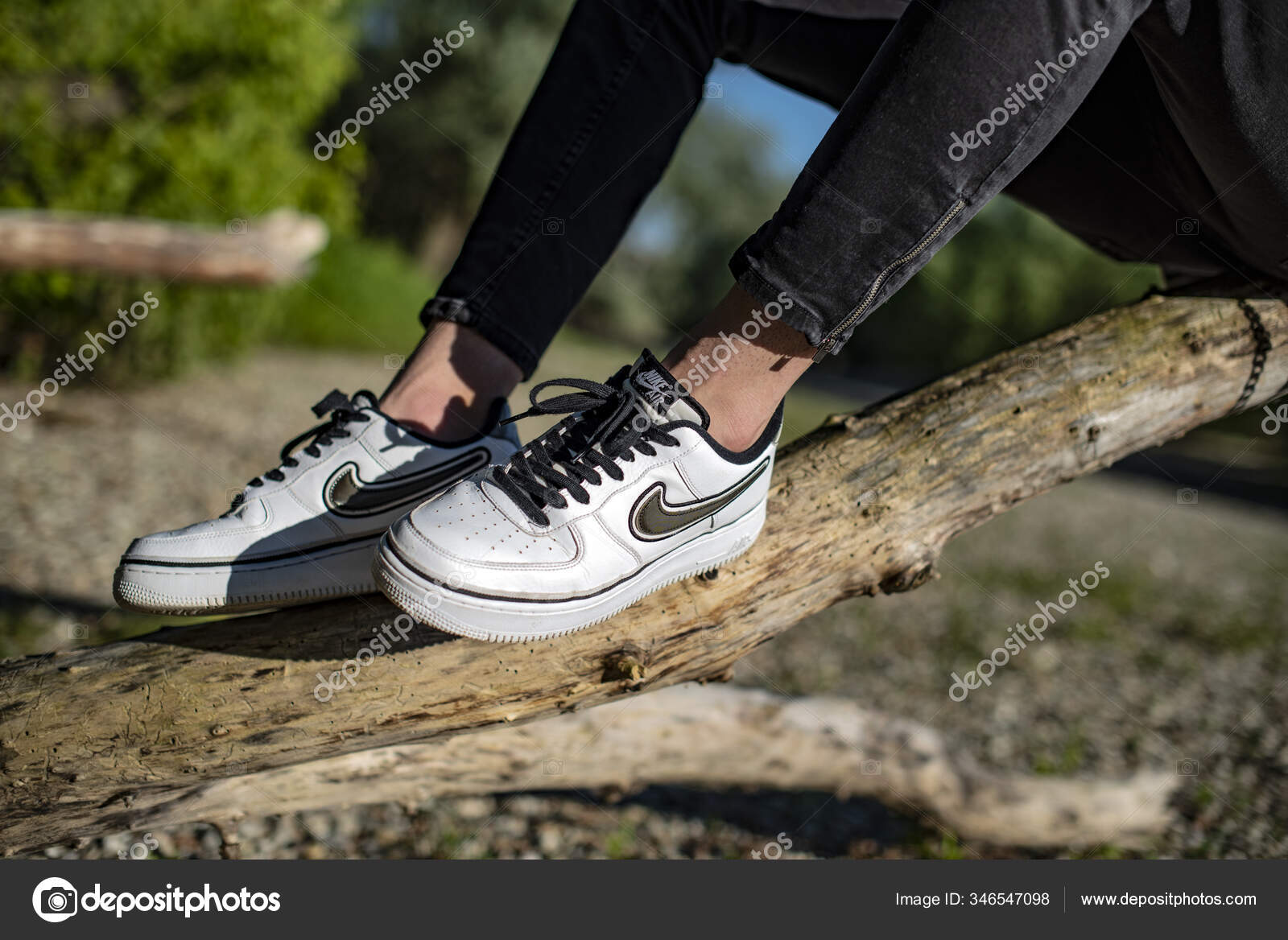 chaussure jeune homme nike