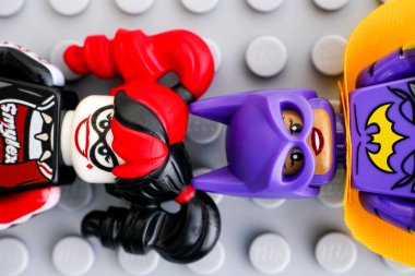 Two Lego Batman Movie minifigures - Batgirl and Harley Quinn