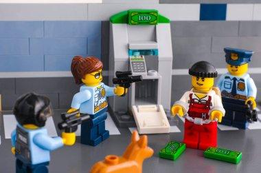 Lego policemen arrested thief who hack ATM