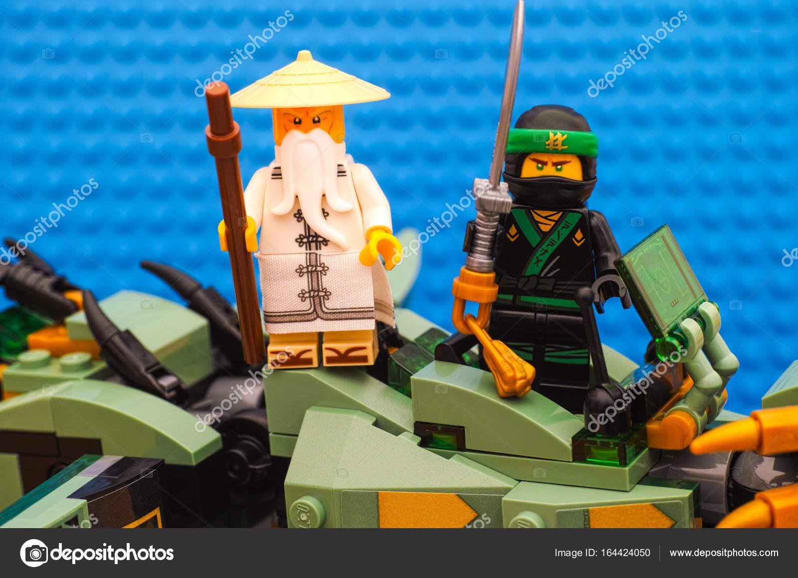 Pictures Ninjago Lego Sets Lego Ninjago Movie The Green Ninja And Wu Standing On Green Nin Stock Editorial Photo C Rosinka79 164424050