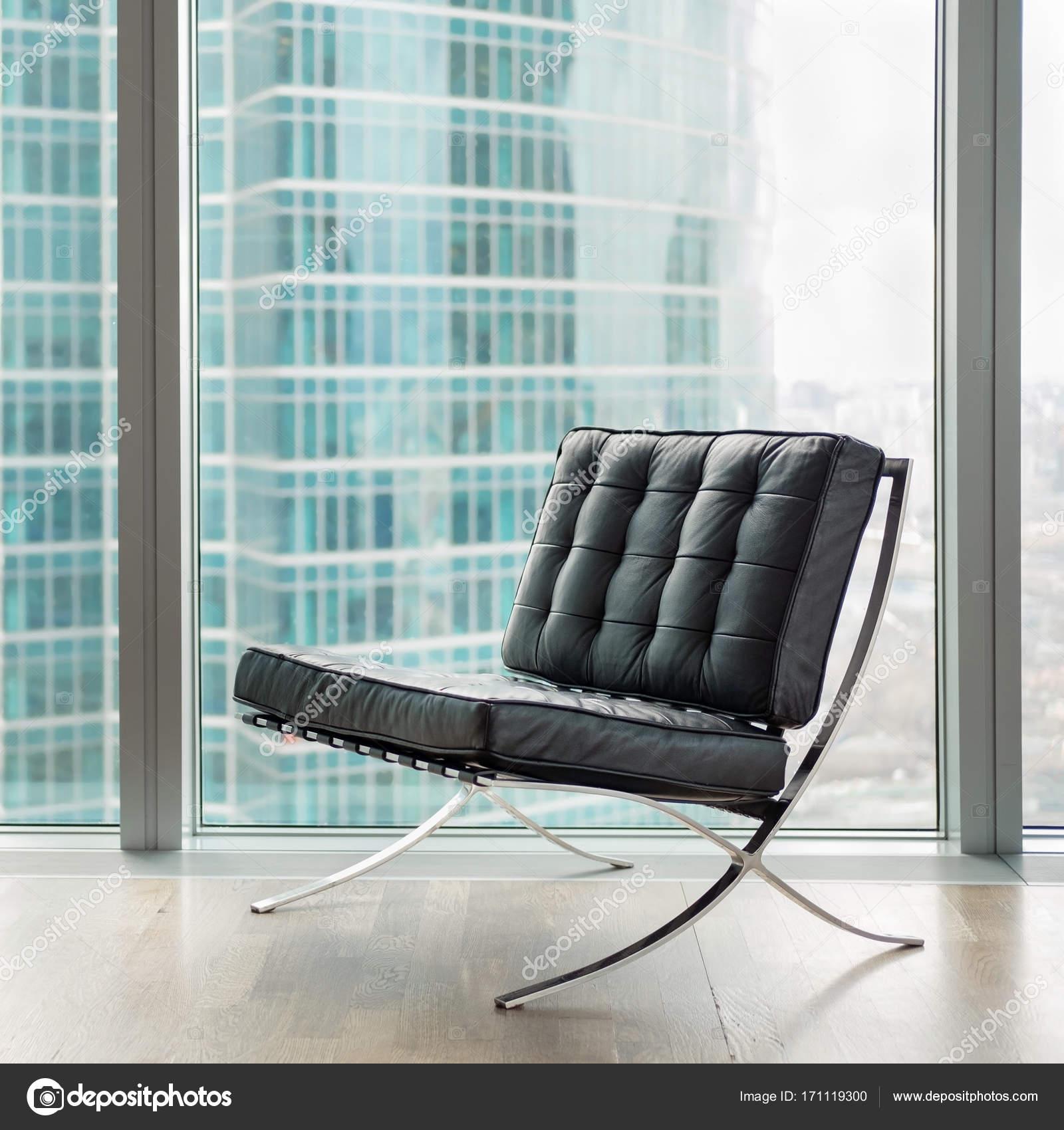 Moderne Lederen Fauteuil.Moderne Lederen Fauteuil In Office Stockfoto C Dmitry