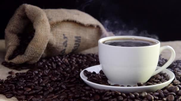 čerstvé coffeein hrnkem