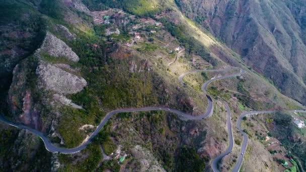 silnici v horách