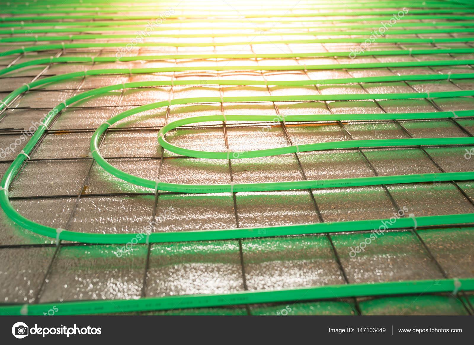 instalación de calefacción por suelo radiante tubería verde — Fotos ...
