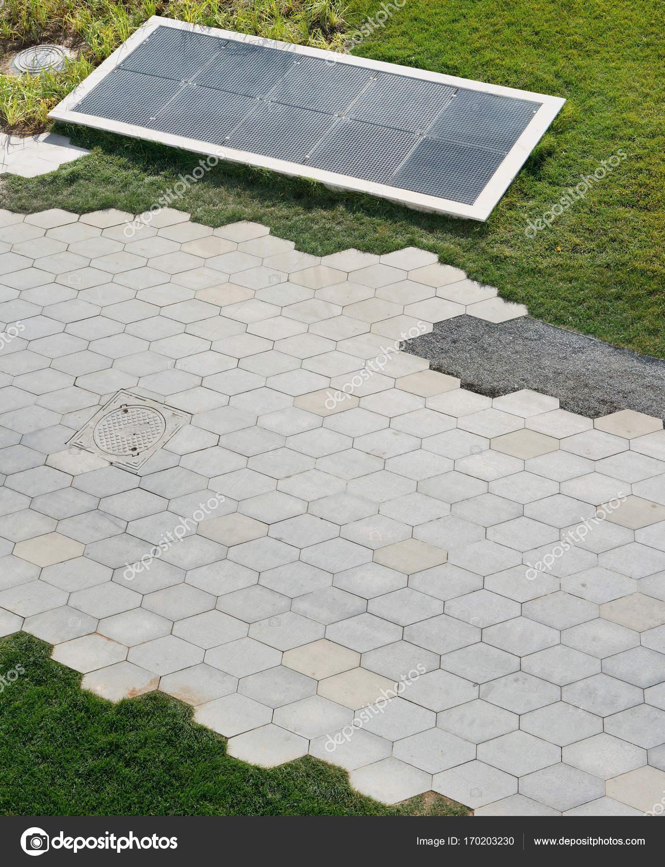 Graniet Tegels Tuin.Zeshoekige Graniet Tegels Op De Paden Van De Openbare Tuin