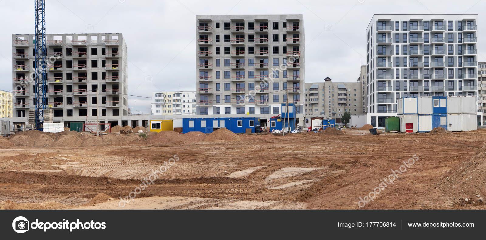 Panorama von einem modernen standard Beton Häuser Gebäude construc ...