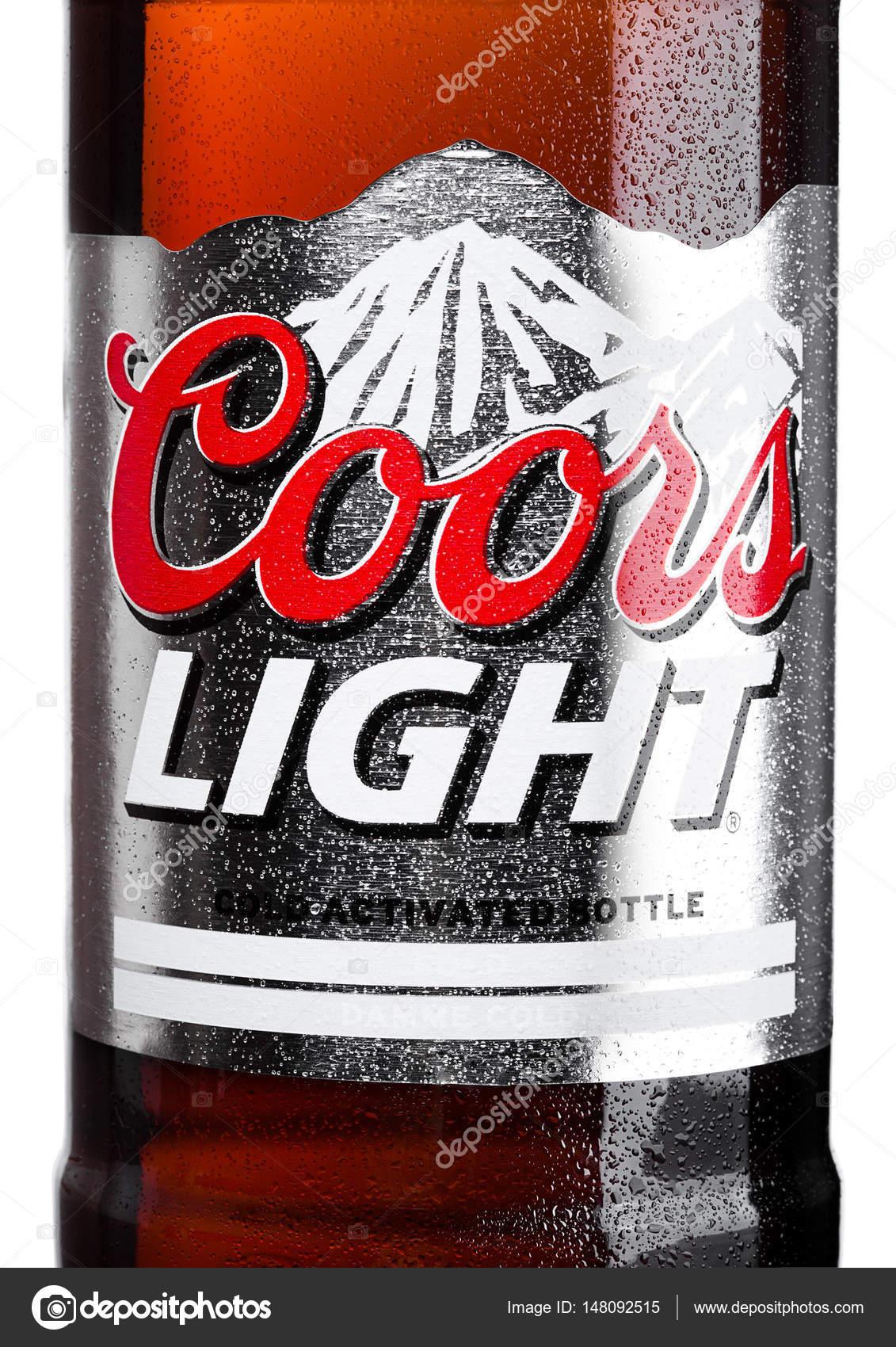 Londres   30 De Marzo De 2017: Etiqueta De La Botella De La Cerveza Coors  Light En Blanco. Coors Opera Una Fábrica De Cerveza En Golden, Colorado, ...